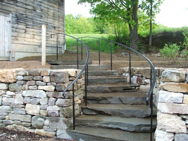 Exterior Curved Stair Railing   VT